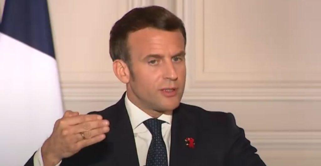 Emmanuel Macron covid crise sanitaire mesures santé publique France coronavirus pandémie épidémie masque police