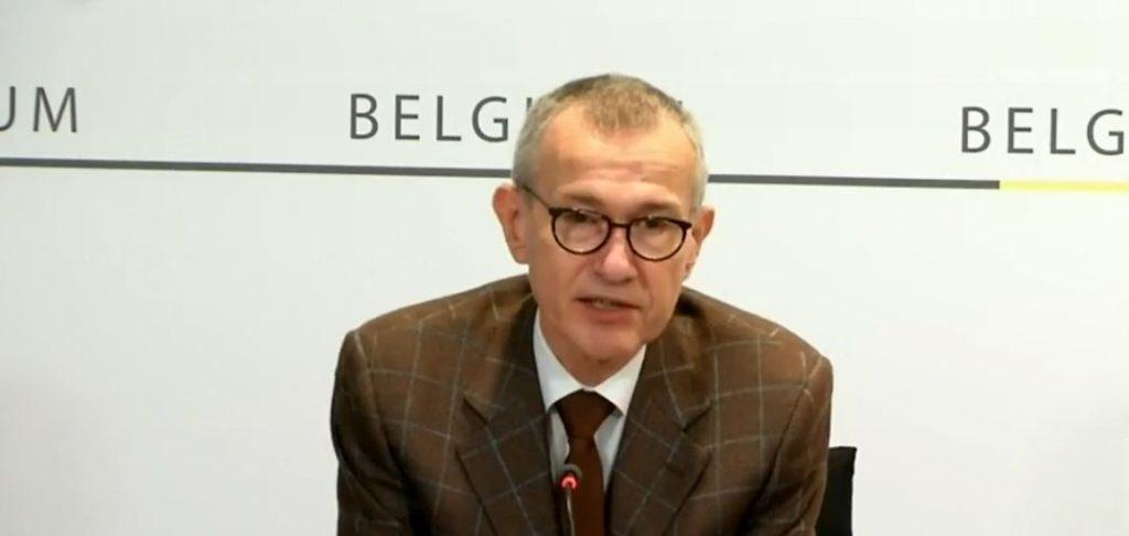 Franck Vandenbroucke mesures sanitaires belgique écoles commerces non essentiels