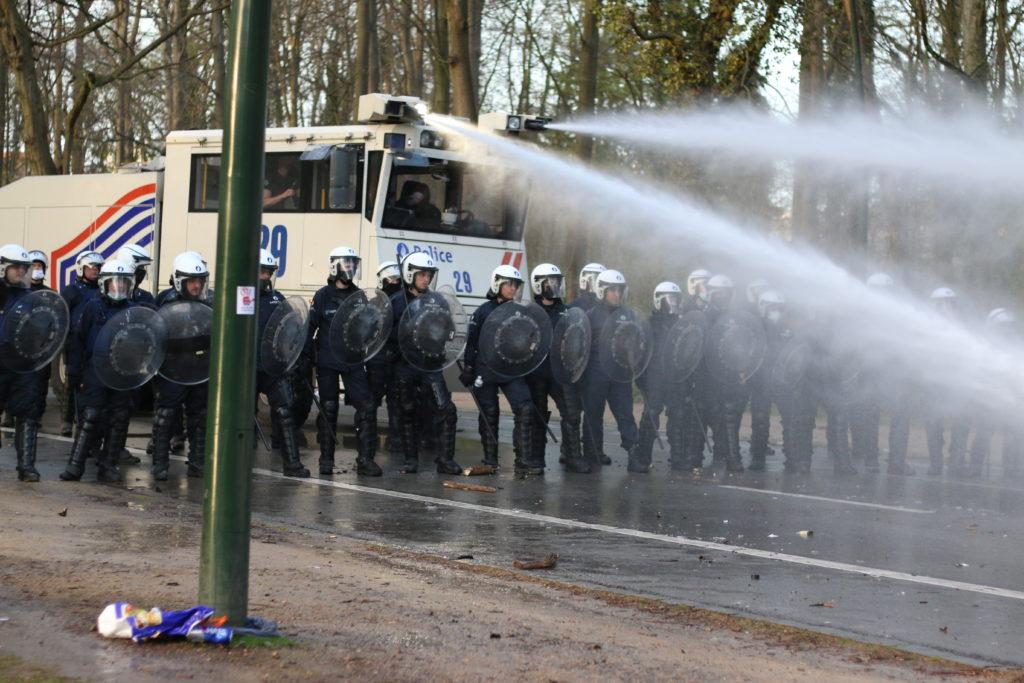 Faux event bois de la cambre Bruxelles autopompe police 1 avril philippe Close covid