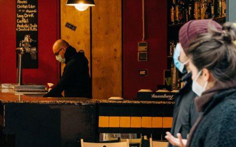 restaurant contrôle covid horeca belgique médecin passeport vaccinal pass covid coronavirus culture