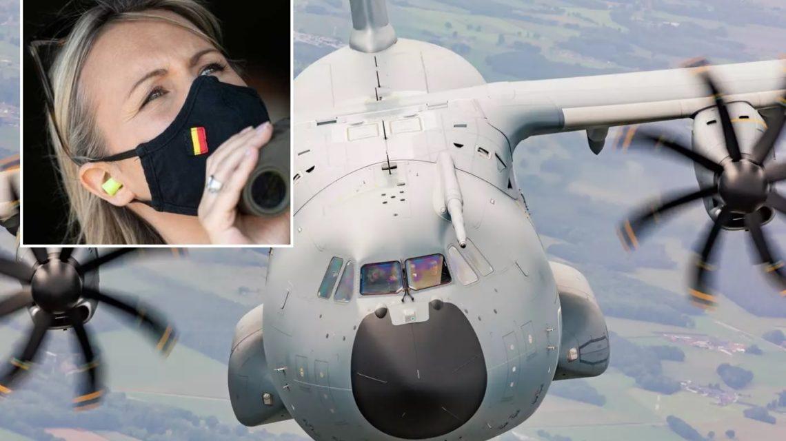 La ministre de la Défense, Ludivine Dedonder a annoncé l'envoi d'avions militaires belges à Kaboul.