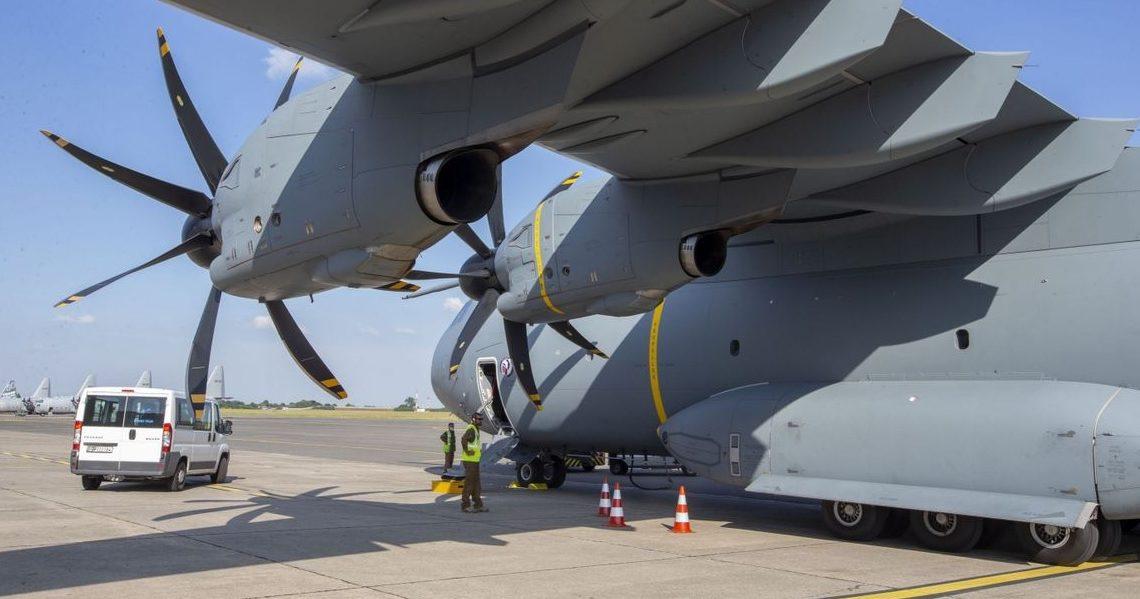 Trois avions de transport militaire belges ont décollé ce mercredi pour Islamabad (Pakistan).