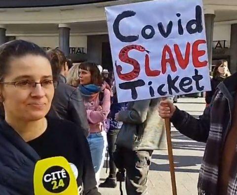 Manifestation contre le Covid Safe Ticket (pass sanitaire) à Bruxelles ce 23 octobre